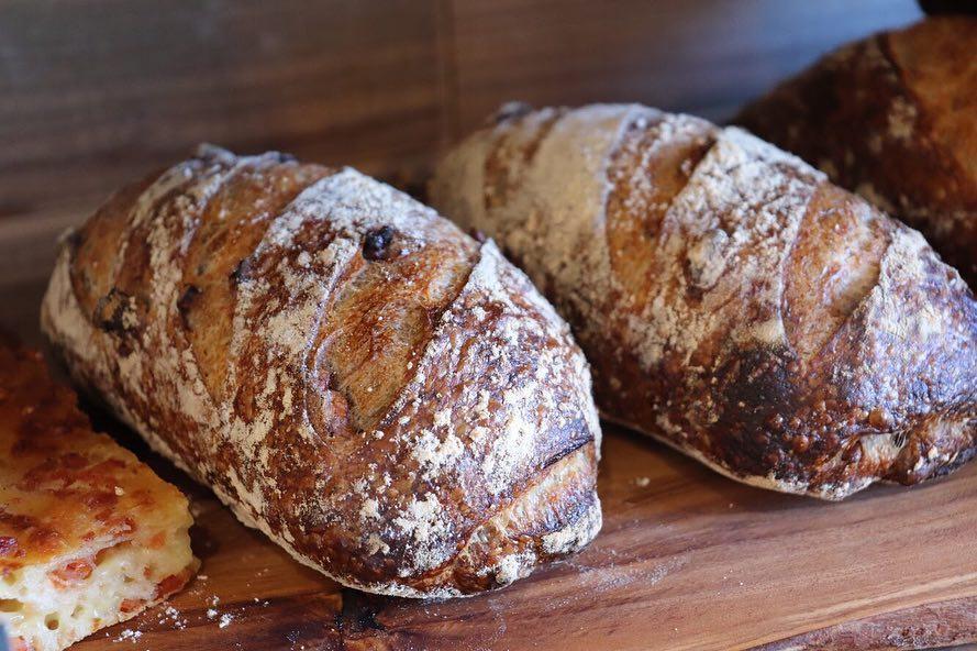 ハード系パンが徐々に焼き上がっています(2019.04.20)