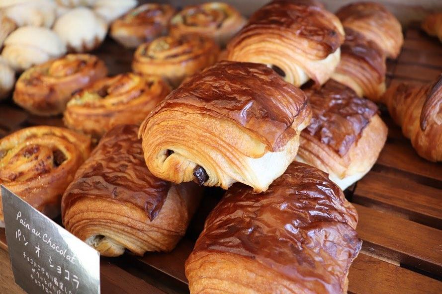 パンオレザン、発酵バターのクロワッサンなどが焼き上がっています(2019.07.03)