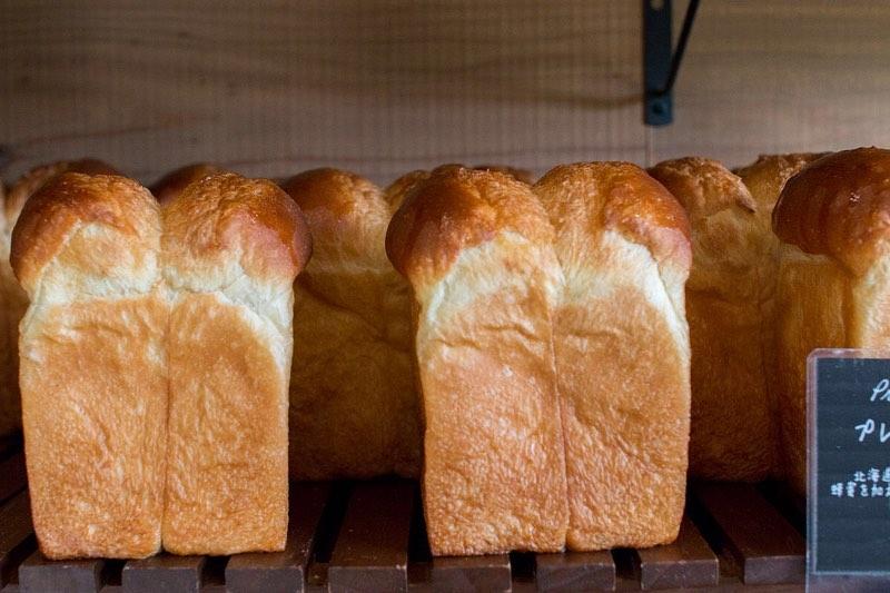 食パンは、午前と午後の2回(9時半、13時半~14時)焼かせて頂いています(2019.09.28)