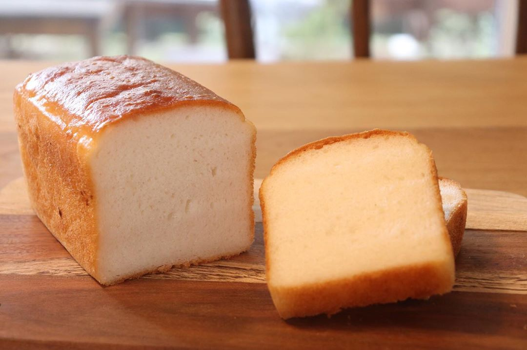 丘パンでは、小麦粉、小麦グルテン、卵を一切使用しない国産米の米粉100%のパンを通販を行なっています(2019.10.14)