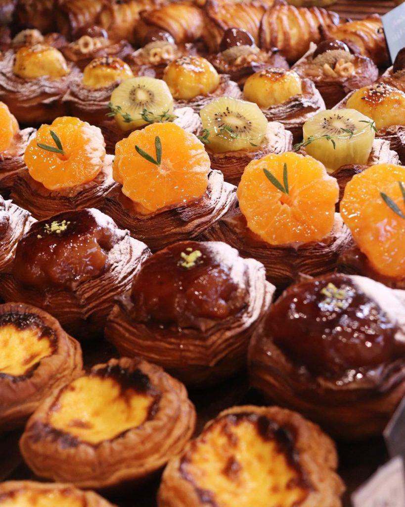 「柑橘のデニッシュ」「安納芋のデニッシュ」他、季節限定のデニッシュは、朝8時半頃からお出ししております(2019.11.24)