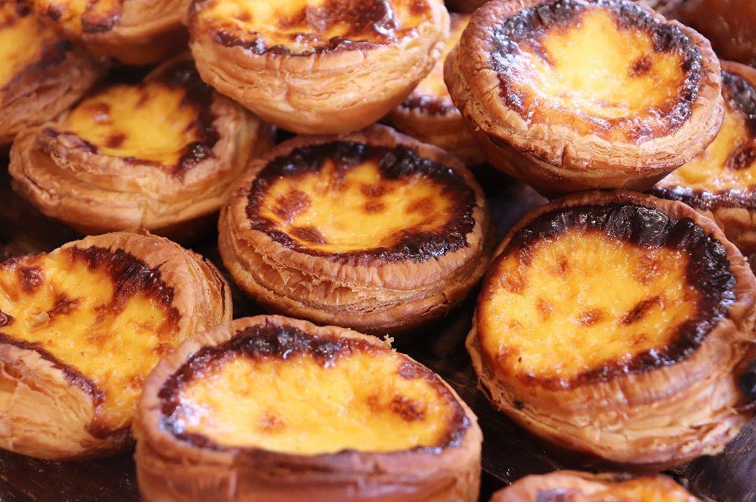 発酵バターのクロワッサン、パン・オ・ショコラが焼き上がっています(2020.01.29)