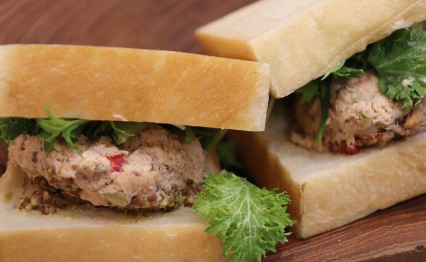バゲットサンドは8時から、サンドウィッチ類は10時ころからご用意させていただいております(2020.03.22)