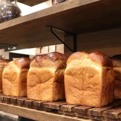本日も、食パン・プレミアムブレッドともに好評いただきました(2020.08.13)