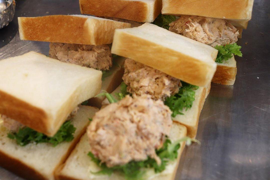 「特製卵サンド」他、バゲットサンド・サンドウィッチ類は10:00~10:30頃からお出し致します(2020.08.19)