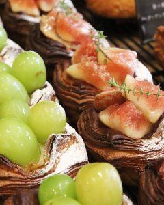 青葉ファームさんの無農薬の無花果のデニッシュ、ブルーベリーのデニッシュ他たくさんのデニッシュをご用意しております(2020.09.25)