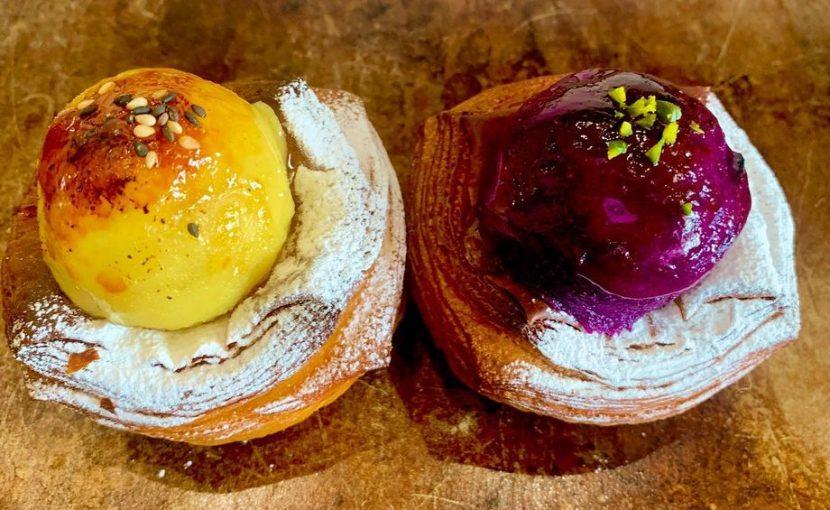今週末くらいまで限定商品「紫芋を使用したスィートポテトのデニッシュ」をご用意しています(2021.01.25)