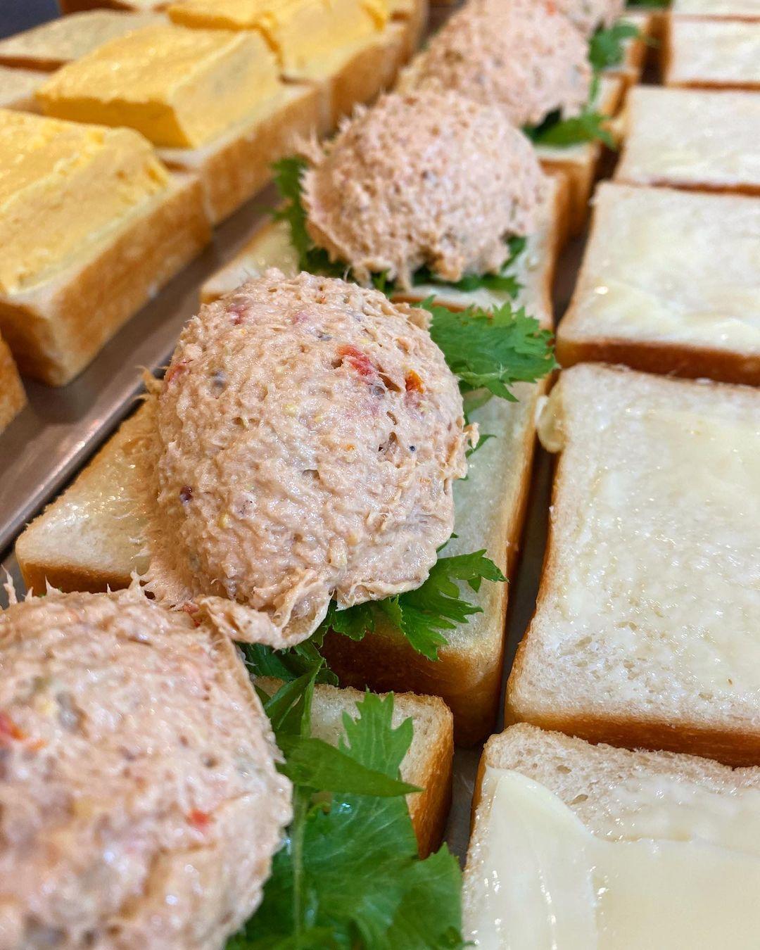 「ツナ プロヴァンサルのサンドウィッチ」何が美味しいってこのパンが美味しい(2021.06.30)